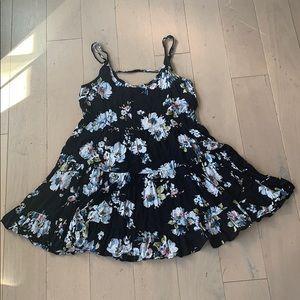 EUC Brandy Melville Flowy Lightweight Swing Dress